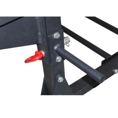 Holder på Squat Rack Pro fra KettlebellShop®